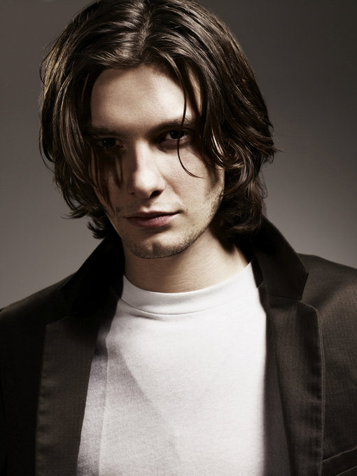 Ben Barnes - Photo Set